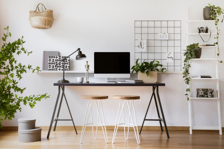 6 Easy Tips To Redecorate Your Home Office